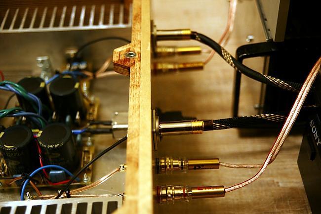 Autors: BLACK ALIGATOR Jaudas pastiprinātājs izmantojot mikroshēmu OPA 549...