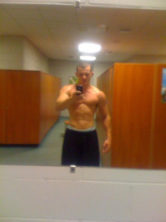 Pagājuši 18 mēneši svars 84kg Autors: Tehnogym Fitnesa trenera pārvērtības +33kg muskuļu masas