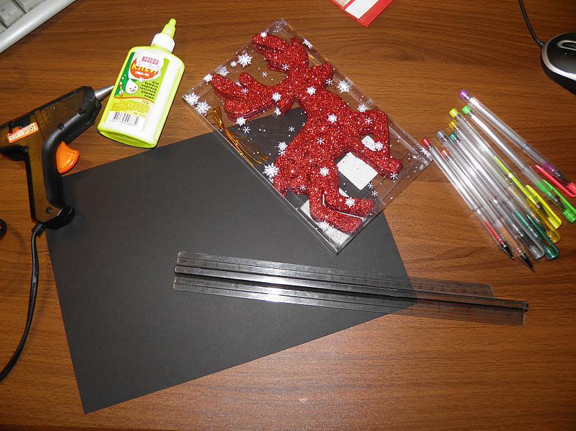Vajadzēs  Melnu kartonu matētu... Autors: Kakakaduu Ziemīši tuvojas :))