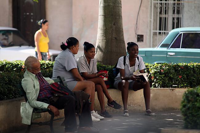 Meitenes  nomocījuscaronas ... Autors: Fosilija Cuba libre