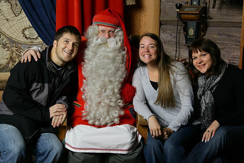 Vizītes ietvaros paredzēti... Autors: pofig Latvijā viesosies Pasaules galvenais Ziemassvētkuvecītis