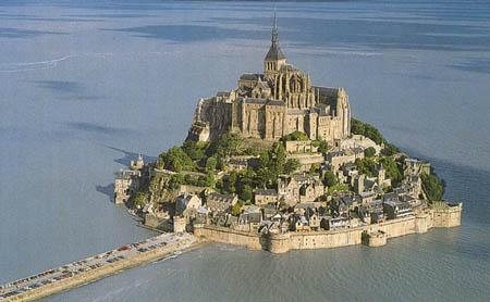 Autors: Fosilija Mont St. Michel