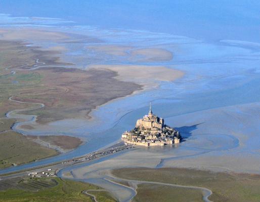 Sala atrodas apmēram 1 km... Autors: Fosilija Mont St. Michel