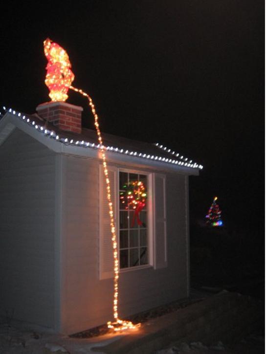 Autors: dairis30 Gatavojoties Ziemassvētkiem - sliktākie rotājumi
