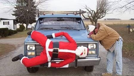Uj Es tikko nobraucu... Autors: dairis30 Gatavojoties Ziemassvētkiem - sliktākie rotājumi