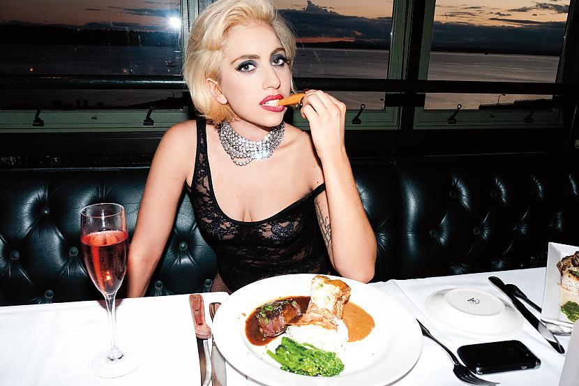 Autors: Maryllin Lady Gaga*