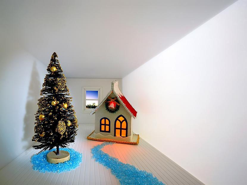 Gaišā mirgā uzzied diena Viss... Autors: cezijscs Jautri dzejolīši + ziemassvētku attēli