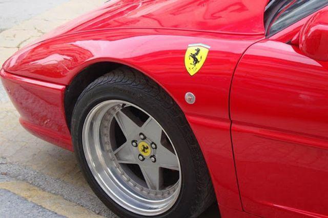 Autors: vichax Pontiac kļūst pa Ferrari 355