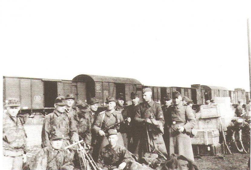 Leģionāri dzelzceļa... Autors: Sharkyy Latviešu cīnītāji 3