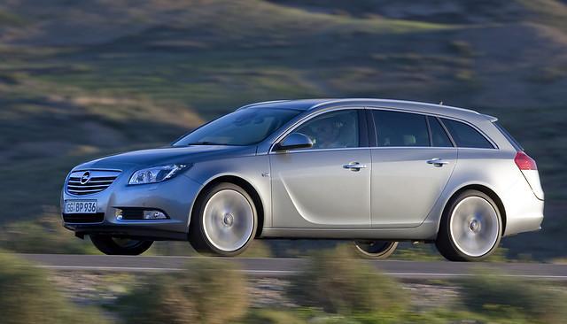 Opel un tā britu radniecīgā... Autors: HHRonis Opel svin 150.gadu jubileju.