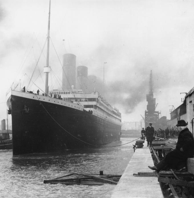 Sauthemptonas ostā 5 dienas... Autors: Grebe Titanic pirmais un pēdējais jūrasbrauciens