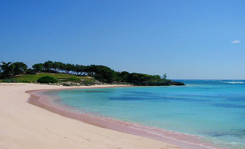 Skaistākā  Pink Sands Beach... Autors: dunduciene Pasaules pludmales. :)