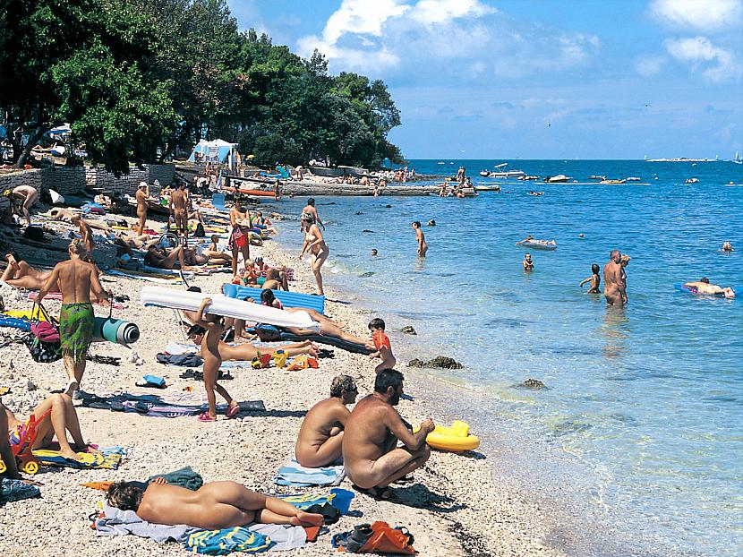 Populārākā nūdistu pludmale ... Autors: dunduciene Pasaules pludmales. :)