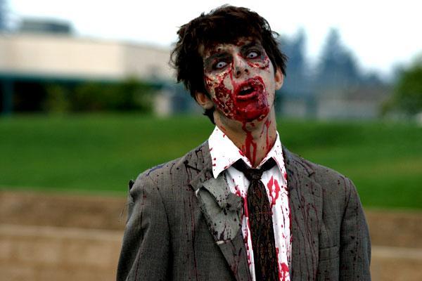 Zombijs ir būtne kas parādās... Autors: The Diāna populārākie helovīna briesmoņi