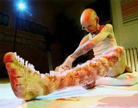 Brets Mofats no Kanādas pats... Autors: AldisTheGreat 12 Ekstrēmākie ķermeņa pīrsingi.
