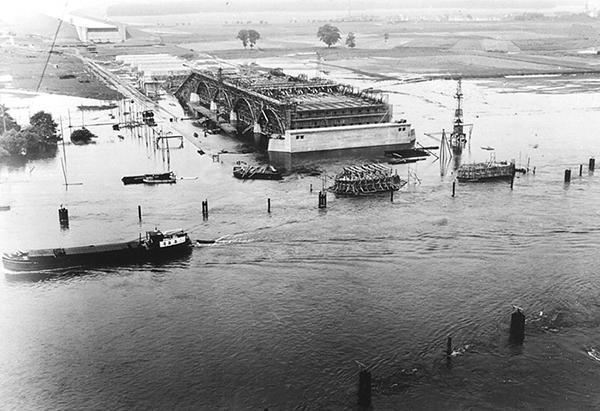 Magdeburgas ūdens tilta 1930... Autors: Se0ne Neticamais vācu ūdens tilts