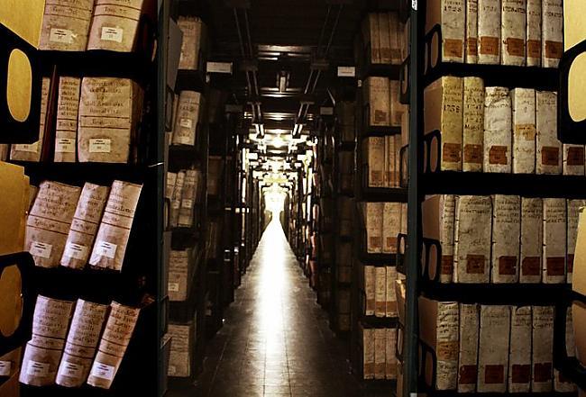 Atseviscaronķā arhīva... Autors: EziitisPsihopaats Vatikāna slepenais arhīvs. Inkvizīcija.