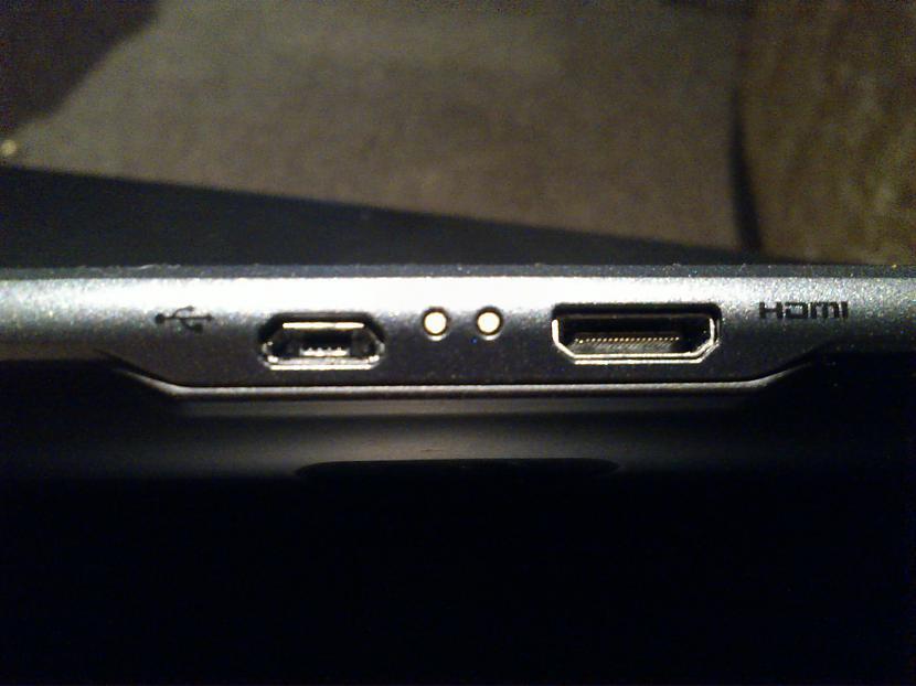 microUSB HDMI porti Kā jau... Autors: Awere85 LG V900 jeb LG Optimus Pad 3D planšetdators