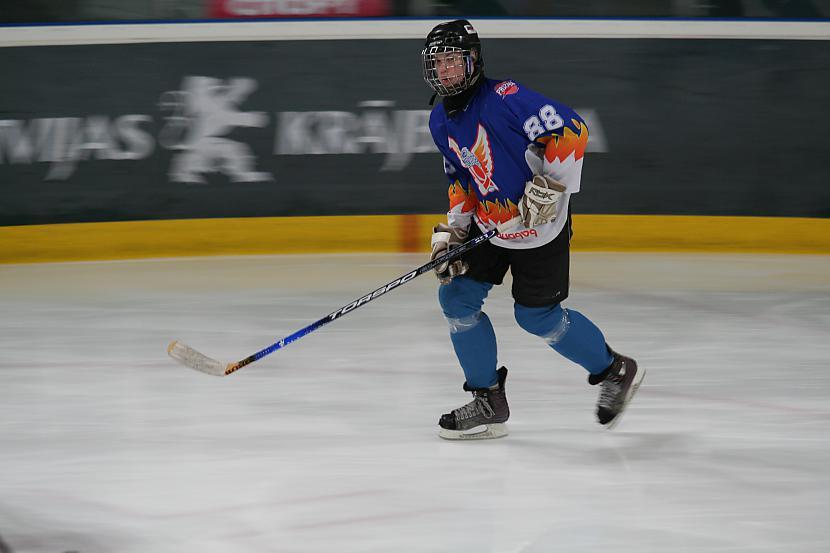 Roberts Locāns Autors: Hokeja Blogs Bauer Selects Latvia White 1996