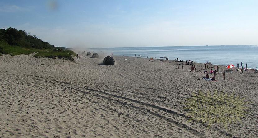 Autors: Fingerline Aizgāju uz pludmali,bet mani tur sagaidīja...