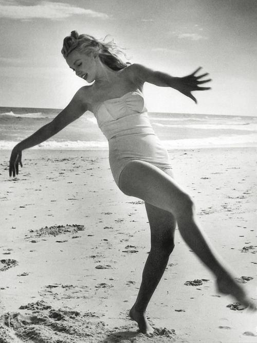 nbspImperfection is beauty... Autors: serenasmiles Marilyn Monroe bildēs un citātos.