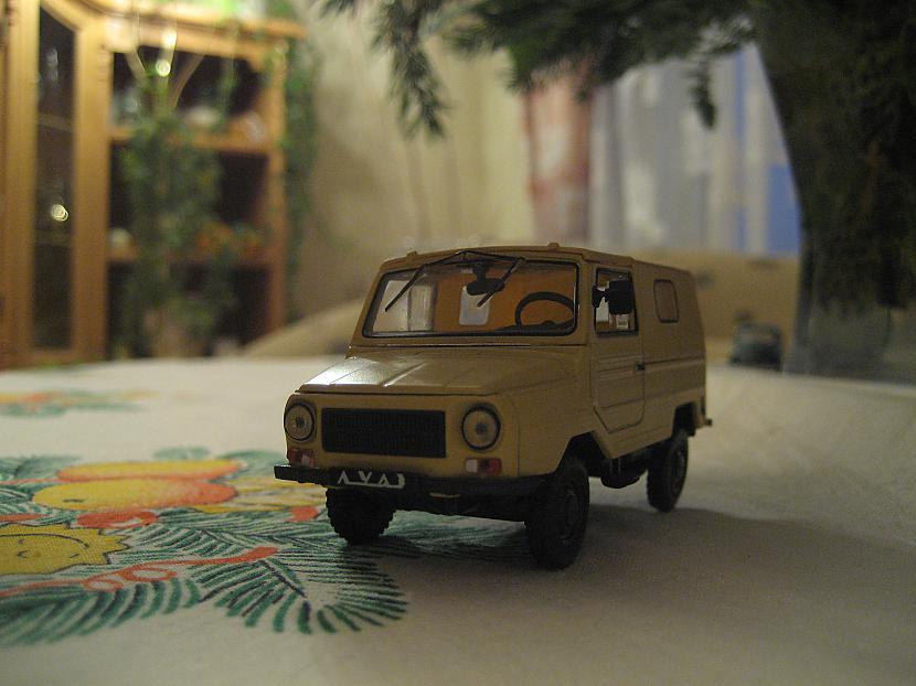 Luaz Autors: Mimis Mana automodeļu kolekcija.