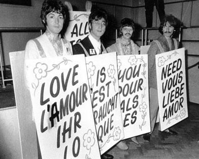 1960ggadā četri Liverpūles... Autors: jankelliitis The Beatles