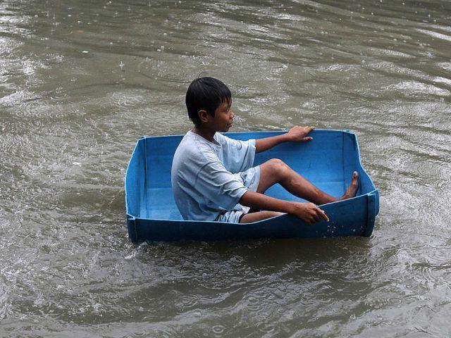 Autors: druvalds Cilvēki plūdu laikā