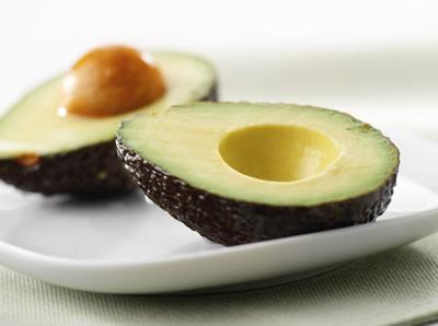 AvakadoScaronis zaļais auglis... Autors: bodyfitme Ēdieni,kas palīdz zaudēt svaru
