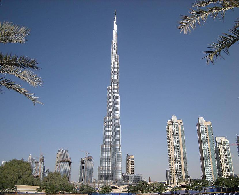 Burj Khalifa jeb Kalīfa tornis... Autors: Fosilija Iespaidīgais Burj Khalifa.