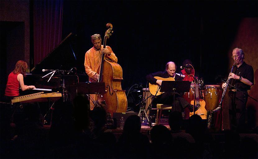 Ņūorleānas mūzikas skanējumu... Autors: BlenderisLV Jazz