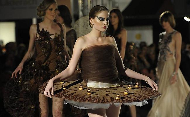 Autors: Moonwalker Apēd manu šokolādīti