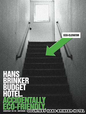 1Hans Brinker Budget Hotel... Autors: R1DZ1N1EKS Viesnīcas, kurās uz romantiku prāts nenesas.
