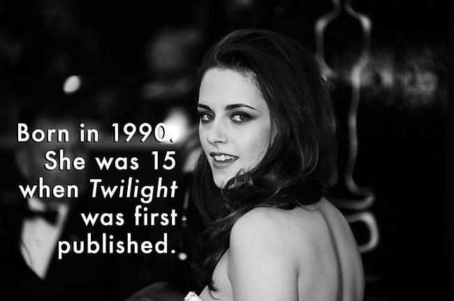 Kristen Stewart  Dzimusi 1990... Autors: iFamous Slaveni cilvēki kuri dzimuši 90 gados.
