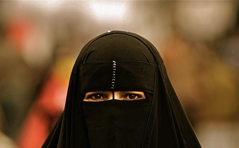 2008 gadā kāda Saūda Ārābijas... Autors: Mūsdienu domātājs Smieklīgās šķiršanās