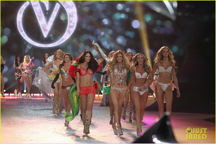 Autors: bee62 Adriana Lima & Alessandra Ambrosio - Victoria's Secret