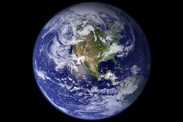 No attāluma Zeme būtu... Autors: Deadshot Daži fakti par zemi un citām planētām.