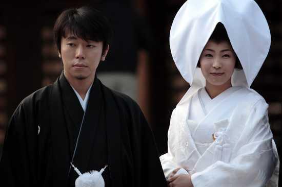 Japānā ir likums kurā vecākais... Autors: ORGAZMO 10 dīvainākie likumu.