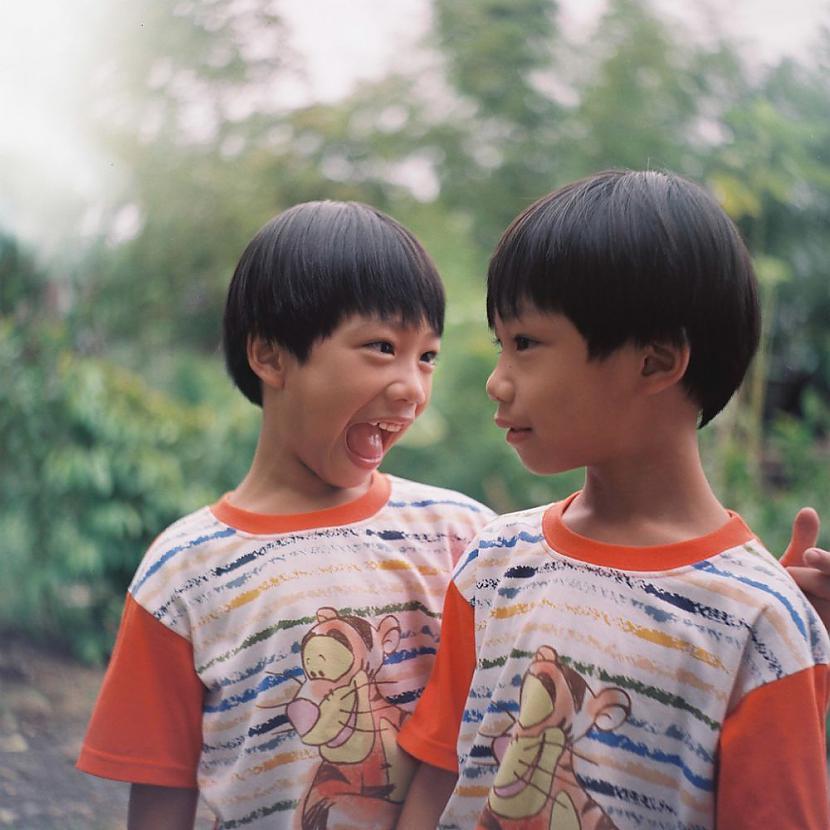 Dažreiz dvīņiem ir... Autors: ORGAZMO Fakti par dvīņiem.