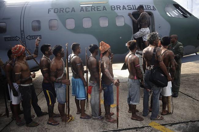 Munduruku cilts cilvēki tiek... Autors: Karalis Jānis 2013. gada Reuters labākie foto.