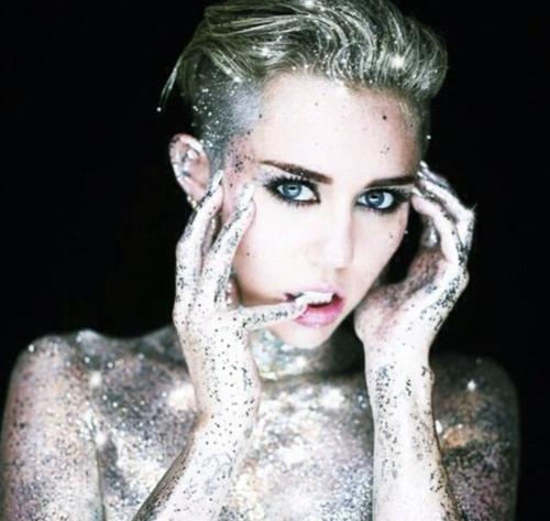 Autors: cuutkikayolo Miley Cyrus