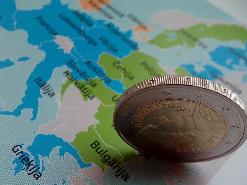 Reversā quotDievs svētī... Autors: ghost07 Daži fakti par Eirozonu (Eiro)