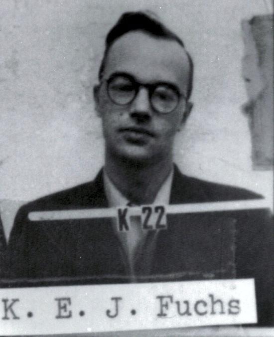 Klauss Fukss dzimis 1911 gada... Autors: xd Slavenākie spiegi pasaulē