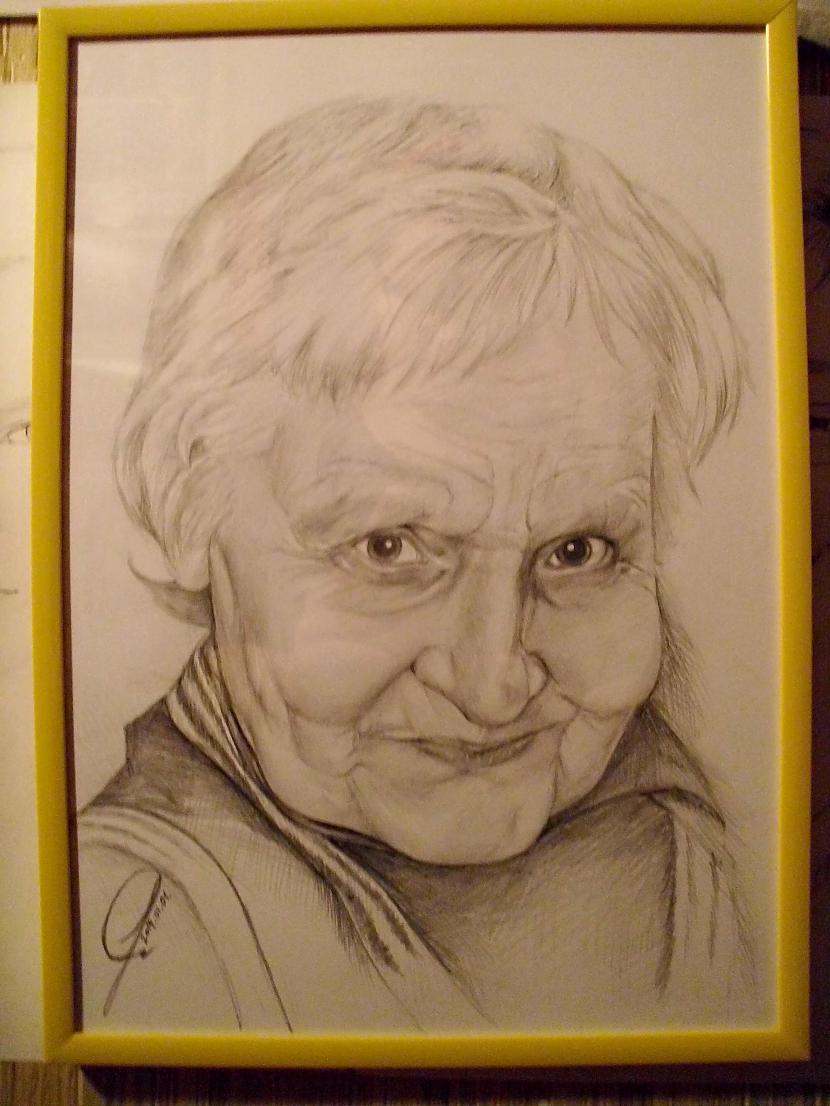 Viņa ir man ļoti ļoti... Autors: Ostina Jauns zīmējums + 2013.gada darbi+senāki
