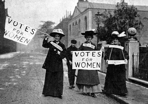 uuml 1965 gadā scaronī diena... Autors: karamele1132 Svētki tuvojas- Kādēļ Starptautiskā Sieviešu diena ir 8. martā .Leģenda