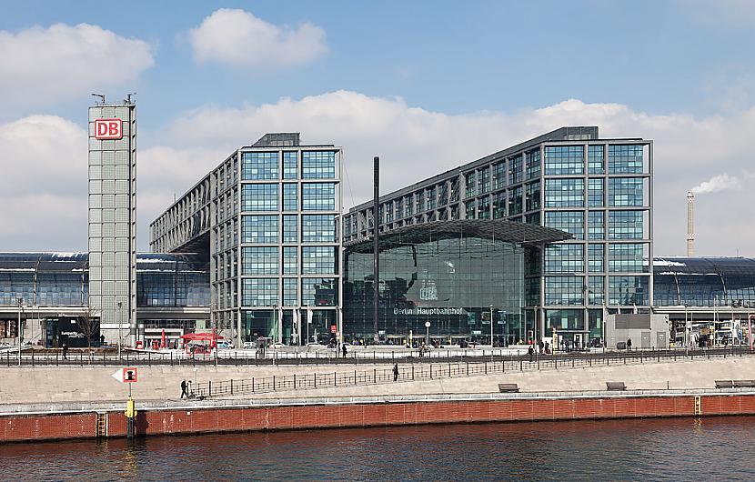 Berlīne Vācija Autors: SinagogenBombardiren Dzelzceļa stacijas Eiropas galvaspilsētās