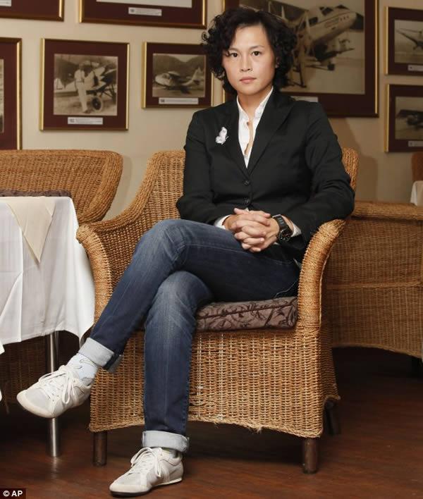 Jau 2012 gadā kāda sieviete un... Autors: pofig Ģimene no Ķīnas par savu meitu piesola 120 miljonus