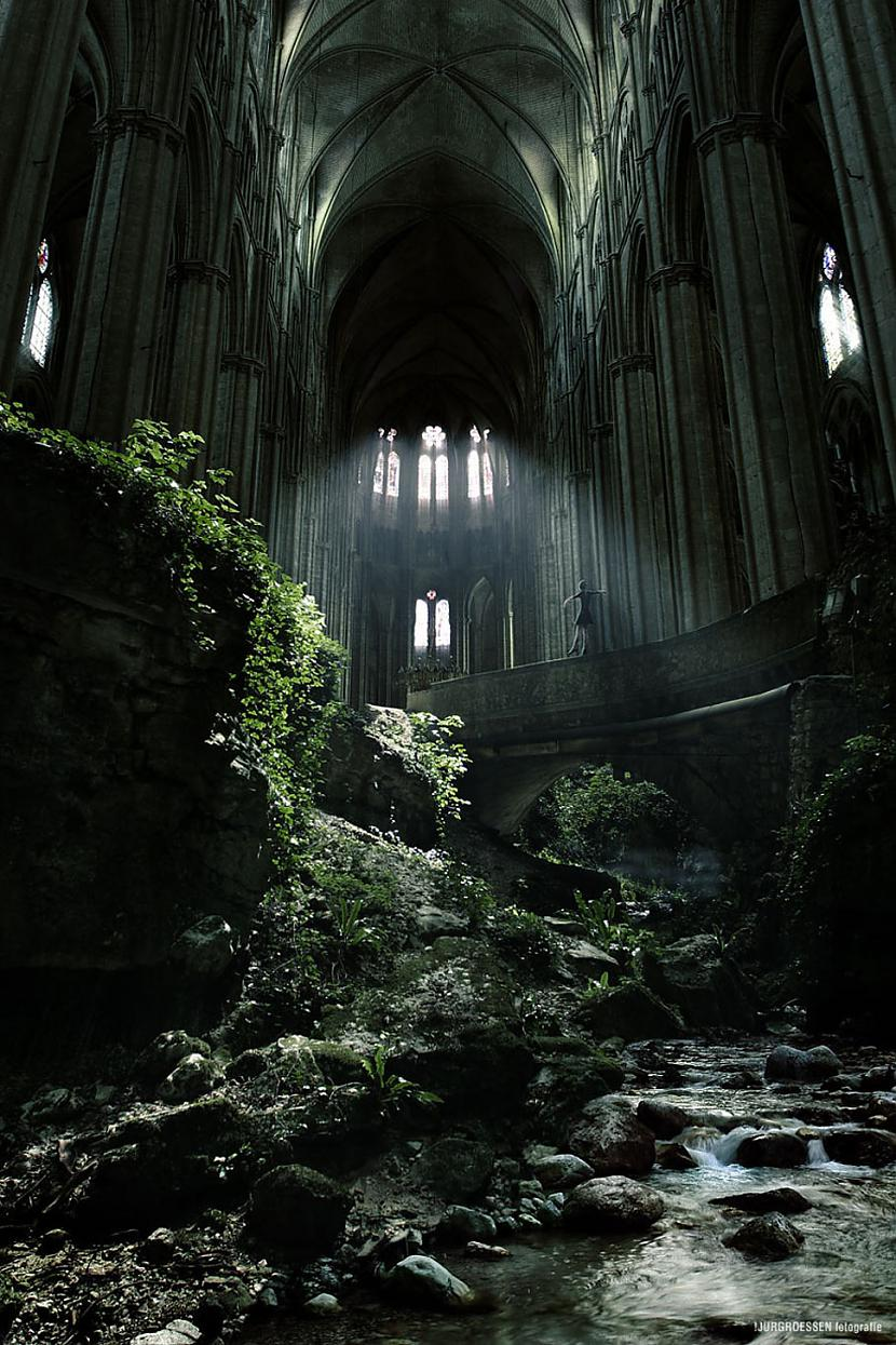 Baznīca Sentetjēnā Francija Autors: SinagogenBombardiren Pasaules interesantākās pamestās vietas