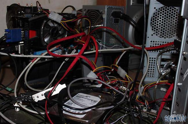 Werķa datorčupiņa D Nekādu... Autors: Werkis2 Trakais werķis2 šķūningo atkal.