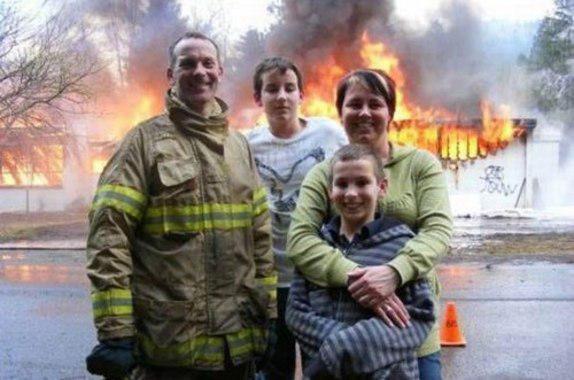 Autors: DeathIsComing Ģimenes fotoalbūms